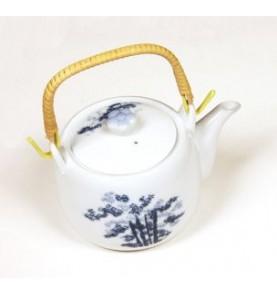 Théière en porcelaine bleue de Chine semi-ronde